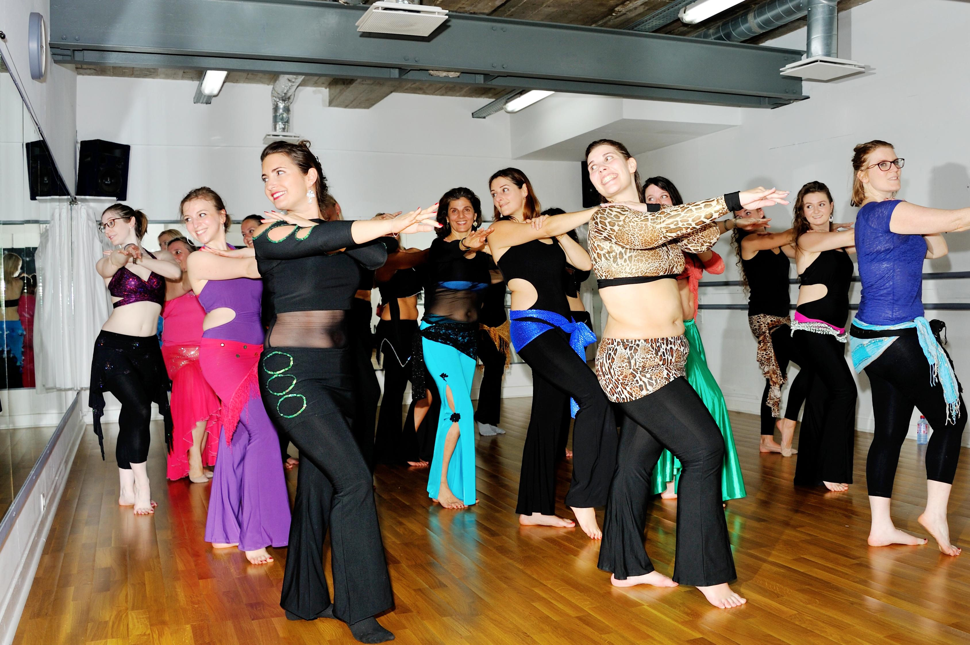 Cours danse orientale Paris